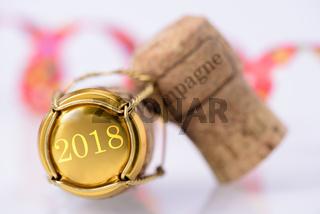 Champagnerkorken mit Jahrgang 2018