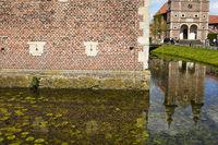 Raesfeld - Wasserschloss und Kapelle
