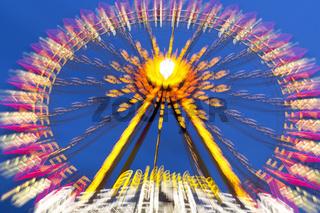 Riesenrad auf einem Volksfest, Deutschland
