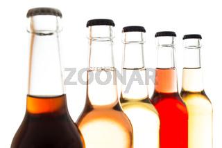 Limonade aus Holunder mit anderen Softdrinks