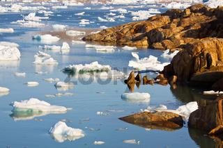 Eis-Labyrinth im Sermilik-Fjord,