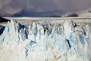 Eismassen am Perito Moreno Gletscher, Patagonien, ice masses at glacier Perito Moreno, Patagonia