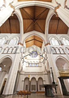 K_St Heribert Kirche_02.tif