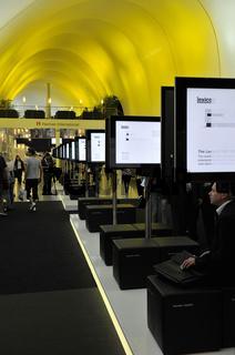 Blick in eine Halle auf der Internationalen Funkausstellung IFA in Berlin