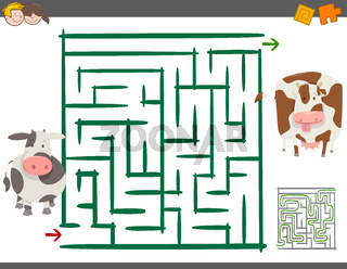 maze leisure game with cows