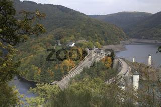 Blick auf die Staumauer, Urftstausee, View dam wall, Urft Reservoir