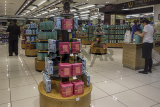 Shopping Outlets Heathrow Airport UK