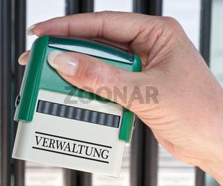 Verwaltung - Stempel mit Hand