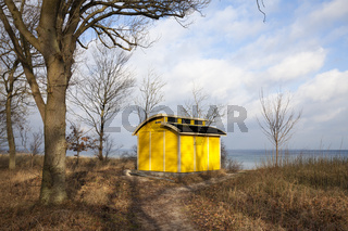 Einsames Haus an der Ostseekueste