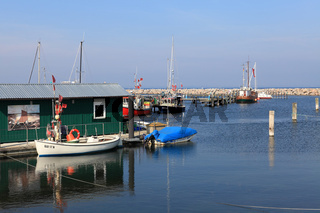 Der Hafen von Glowe auf der Insel Rügen.