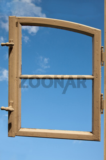 Fensterrahmen ohne Glas 4456