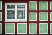 Das Fenster des Fachwerkhauses