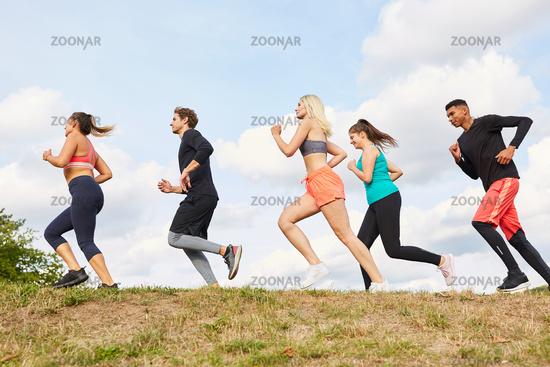Freunde beim Jogging für Ausdauer und Fitness