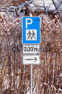 Verkehrsschild Wanderparkplatz