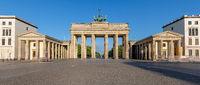 Panorama des berühmten Brandenburger Tors in Berlin