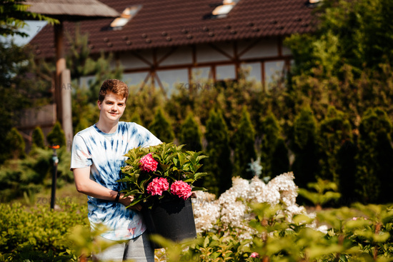 Summer part-time job for teenager during vacation
