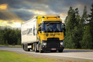Renault Sport Racing Limited Edition Truck