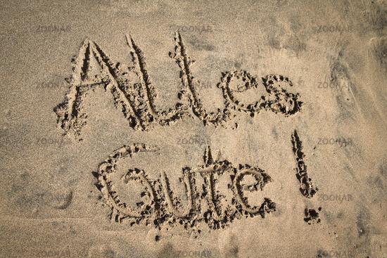 Alles Gute, Buchstaben im Sand