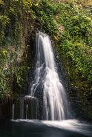 Kleiner Wasserfall neben dem Rheinfall, Neuhausen am Rheinfall, Kanton Schaffhausen, Schweiz