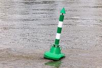 Boje im Rhein
