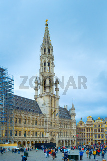 Grand Place people Brussels tourists