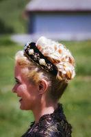 Porträt einer Frau mit schöner stylischer Frisur