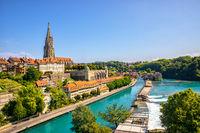 Erstaunliche Sommeransicht von Bern und Aare, Schweizer