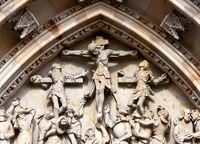 Kreuzigungsgruppe Westportal Veitsdom Prag