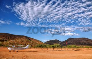 Flugfeld nahe der Stadt Epupa im Norden von Namibia   Airfield near Epupa in the north of Namibia