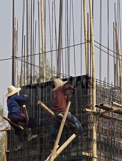 Bauarbeiterinnen