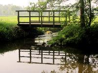 Bruecke ueber den Fluss