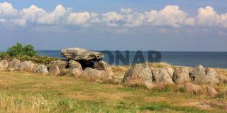 Der Harhoog, ein Großsteingrab mit Dolmen in Keitum auf Sylt