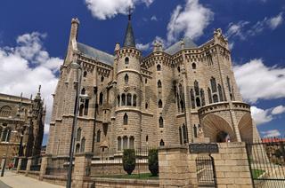 Spanien: Gaudí-Palast in Astorga