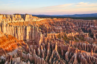 Sunrise at Bryce Point lookout in the Bryce Canyon National Park. Utah USA