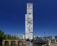der Kölnturm im Mediapark Köln