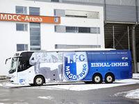 Mannschaftsbus mit Vereinslogo 1.FC Magdeburg DFB 3.Liga Saison 2020-21