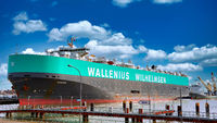 Schiff Manon von Wallenius Wilhelmsen im Kaiserhafen Bremerhaven - big ship Manon of Wallenius Wilhelmsen at the port of Bremerhaven, Germany