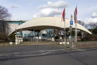 Eingang des Veranstaltungsortes Kölner Tanzbrunnen - Cologne