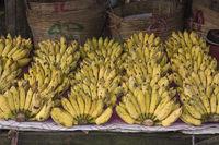 Marktszene mit Bananenverkauf Phu Quoc, Vietnam, Asia