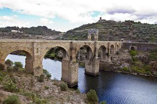 Die römische Brücke von Alcantara ist Welterbe