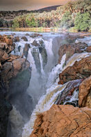 Epupa Falls, Namibia, an der Grenze zu Angola | Epupa Falls, Namibia, near the border of Angola