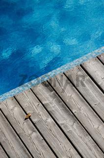 Blaues Wasser im Swimming Pool