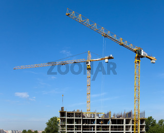 The building crane during an operating time