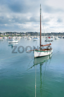 Bretagne: Hafen von Ploumanac´h