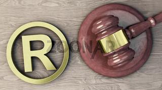 Trademark-Symbol und Richterhammer