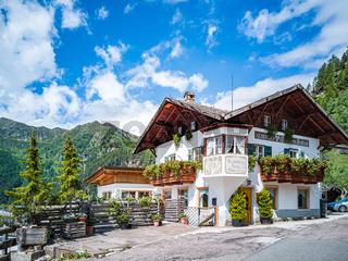 Albergo 'Gasthaus Saltnuss' im Passeiertal, Südtirol, Italien