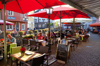 Cafés on the Buttermarkt in the old town of Saarburg, Rhineland-