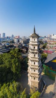 ancient pagoda in jiujiang nengren temple