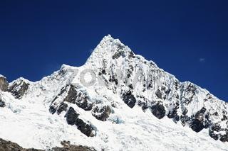 Alpamayo peak