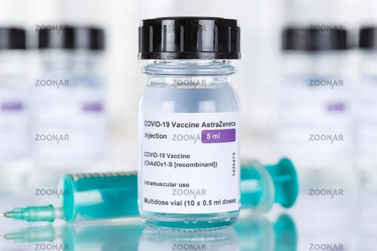 AstraZeneca Corona Virus Impfstoff Coronavirus COVID-19 Covid Impfung Spritze Vaccine